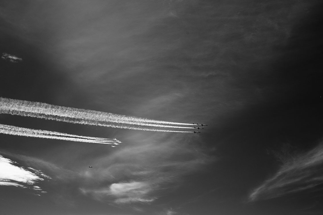 Infrared Sky with Teams of High Performance Acrobatic Jets in Flight.